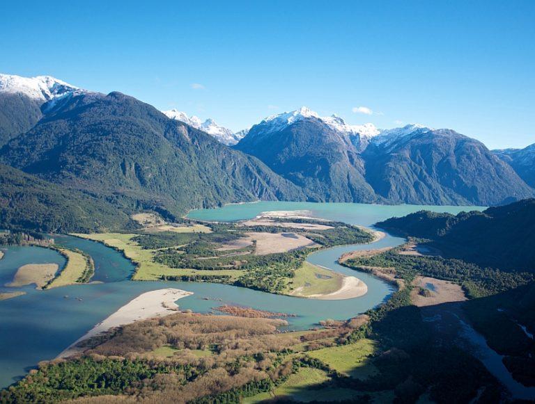 Ceden derechos en río Puelo para avanzar en la creación de una Reserva de Agua